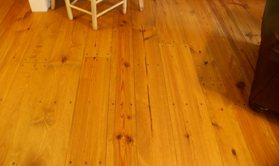 Southern Yellow Pine Floors