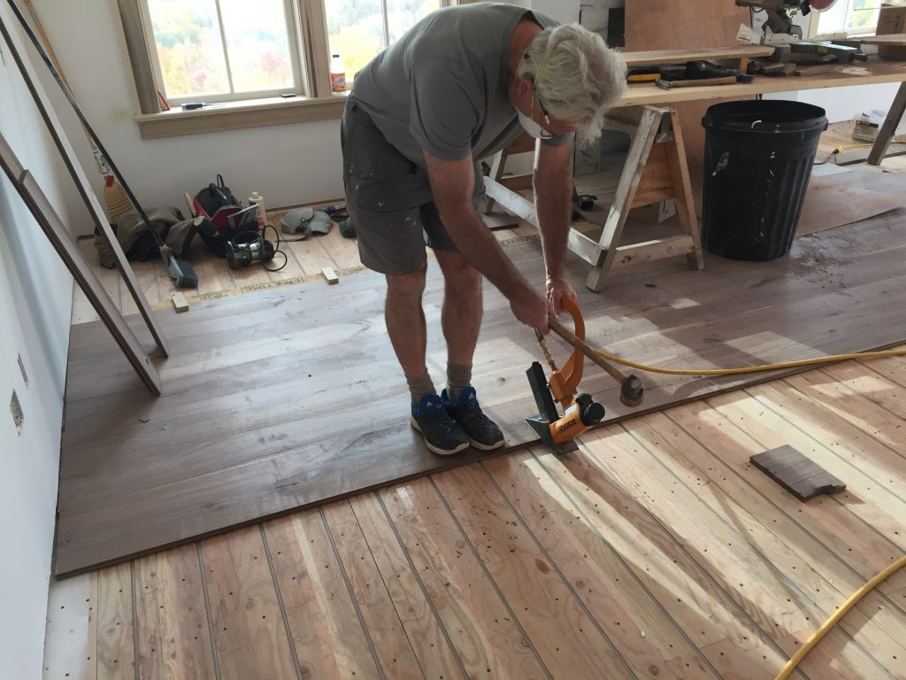 How to Install Hardwood Flooring - Setting Boards